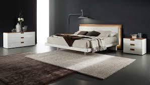 Libriamo Modern Italian Platform Bed by Rossetto