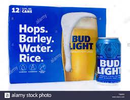 12 Pack Bud Light Bottles Winneconne Wi 5 May 2019 A 12 Pack Of Bud Light Beer On
