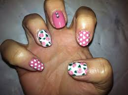 Shellac nail art - how you can do it at home. Pictures designs ...