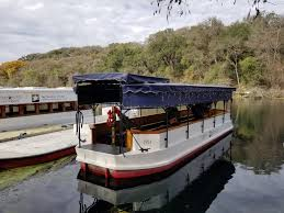 glass bottom boat tours in san marcos texas