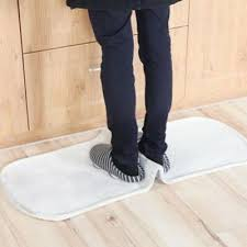 rug carpet mat grippers non slip anti skid reusable washable silicone grip g