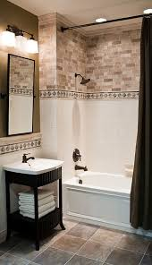 accent border tile on the walls