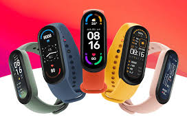 The <b>Xiaomi Mi Smart Band 6</b> launches with a large AMOLED display ...
