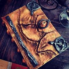holly conrad of crabcat industries you might also know her from syfy s heroes of cosplay created a replica of winifred sanderson s book from hocus pocus