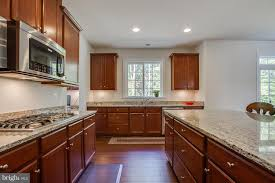 granite countertops wood floors 9 echols ln stafford