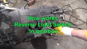 2004 Jeep Grand Cherokee Reverse Light Switch Location How Works Reverse Light Switch In Gearbox