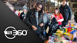 tg 360 tom and holly gores toys for tots make holidays brighter for thousands of deserving youth detroit pistons