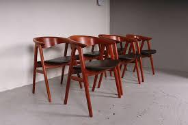 vine 52 p teak chairs by erik kirkegaard for høng stolefabrik set of 6 at pamono