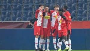 The red bull salzburg star catching europe's eye. Fc Bayern Fix Top Talent Szoboszlai Gibt Fcb Korb Direkter Konkurrent Greift Zu Fc Bayern