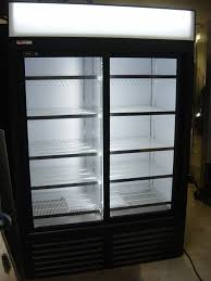qbd double sliding glass door cooler 2 days use
