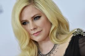 avril lavigne says she couldn t get the f ck out of bed with lyme disease