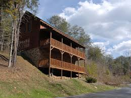 Pigeon Forge 2 Bedroom Suites Pigeon Forge Cabin Near Downtown Camelot Homeaway Pigeon Forge