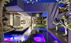 mansion bedrooms with a pool. Mansion Bedrooms With A Pool