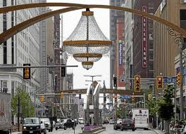 playhouse square to dim lights honoring actor who d