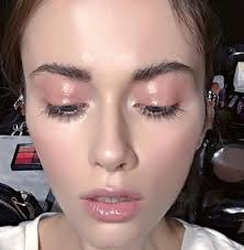 look for daytime try highlighting your cheeks with pale pink blush and coating your lips with ballet slipper toned lip gloss for a glowing effect