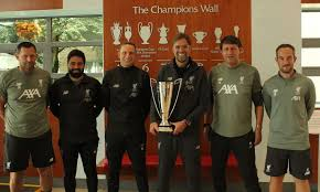 He used to be a player. Jurgen Klopp Wins Lma Manager Of The Year Award Liverpool Fc