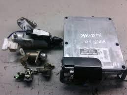 ENGINE ECU BUNDLE Toyota Yaris 01-03 GS 1.0 Petrol 1SZ-FE & WARRANTY ...