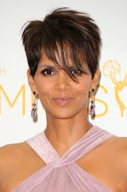 Rock The World With Amazing Hairstyles Of Halle Berry Trend