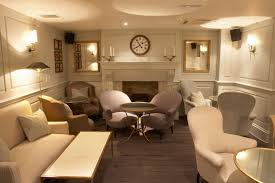 Image of: Basement Decorating Ideas For Family Room