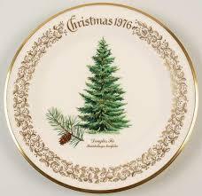 Christmas Trees Serving Platters  Christmas WikiiLenox Christmas Tree Plates