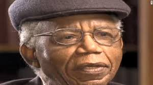 chinua achebe and ia things fall apart cnn chinua achebe