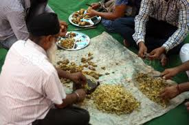 delhi foodies zone behind the scenes of golden temple langar  ginger seva golden temple