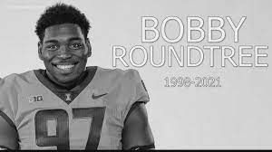 Football player Bobby Roundtree dies at ...