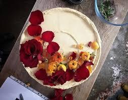 Royal Wedding Cake Designer Claire Ptaks Stunning Cakes In