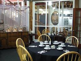 roundtable tea company address 406 east main street suite f medford oregon 97501 cross streets s riverside ave e 8th st
