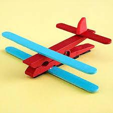 Resultado de imagem para brinquedos reciclaveis
