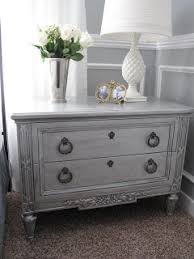 How to Paint Furniture Metallic Silver Paint LooksDecorated Life
