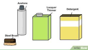 Borrife um pouco de água e deixe agir por cerca de 1 minuto. 3 Formas De Remover Manchas De Oleo De Uma Garagem