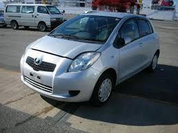 2005 Toyota VITZ Pictures