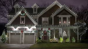 Christmas Light Hanging Service Cost Of Christmas Lights Installation Pogot