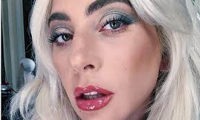 <b>Косметика</b> Леди Гаги поступила в продажу — www.ellegirl.ru