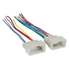 2016 hyundai elantra oe wiring harnesses stereo adapters at metra® aftermarket radio wiring harness oem plug