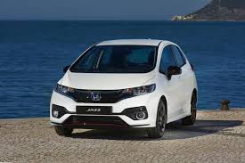 2018 honda jazz uk. simple honda styling tweaks to new model include headlights and bumper honda throughout 2018 honda jazz uk r