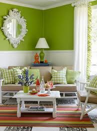 Living Room: Chic And Colorful Spring Living Room With Green ...