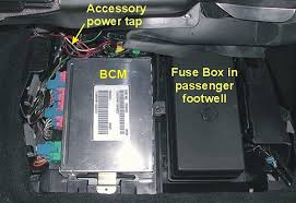 fuse box location on 2002 corvetteforum chevrolet corvette here s the one in the passenger footwell just tug the panel away from the top and the fuse box is on the right