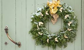 9 ways to hang a wreath on door