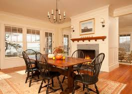 create a warm and welcoming dining room