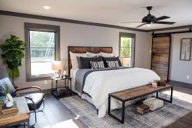Fixer Upper Master Bedrooms and Master Bathrooms | HGTV's Fixer ...