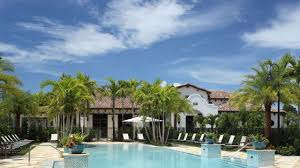 ... Beach Entry - Resort Style Pool + ...
