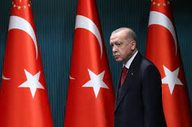 Erdogan Rids Turkey's Central Bank of Opponents to Rate Cuts - Bloomberg