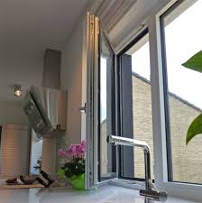 Modernes Holz Alu Fenster Mit Grauer Aluverkleidung Und Weiß