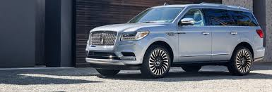 2018 lincoln navigator colors. beautiful 2018 photo gallery of the 2018 lincoln navigator review inside lincoln navigator colors