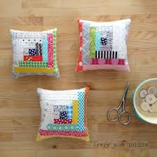 46 best Log Cabin Quilts images on Pinterest | Quilt patterns ... & crazy mom quilts: Log Cabin pincushions Adamdwight.com
