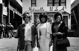 They remain the most popular vocal group of all time and are often credited with breaking down barriers for black artists in mainstream popular music and serving as an inspiration to a generation of black girls and women in. Channing Thomson On Twitter Diana Ross And The Supremes 1960s