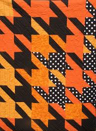 44 best Houndstooth Quilts images on Pinterest   Anna maria horner ... & A version of tula pink's houndstooth quilt top by piecedgoods. Adamdwight.com