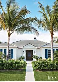 Palm Beach Designer Fabrics Designer Mally Skok Mixes Patterns In A Palm Beach Home